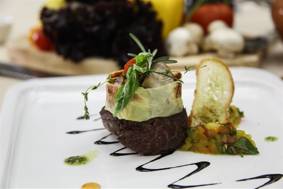 Ресторан La familia - фотография 46 - Самый вкусный филе миньон в городе