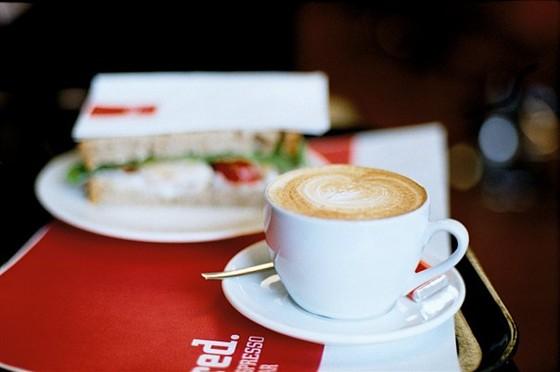Ресторан Red Espresso - фотография 3 - те самые сандвичи)
