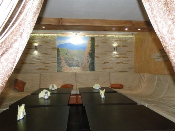 Ресторан Эльбрус - фотография 2