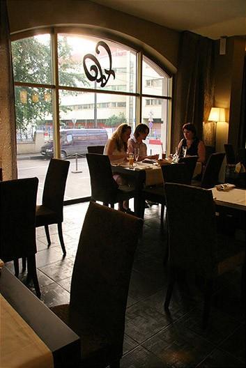 Ресторан Laff - фотография 10