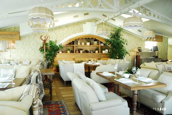 Ресторан Тинатин - фотография 1