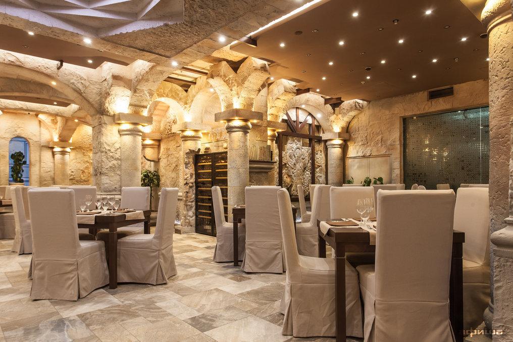 Ресторан Noyan Tun - фотография 13