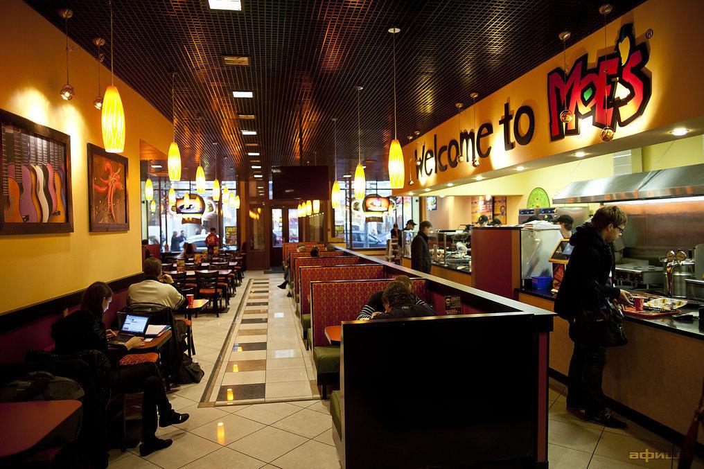 Ресторан Moe's - фотография 1