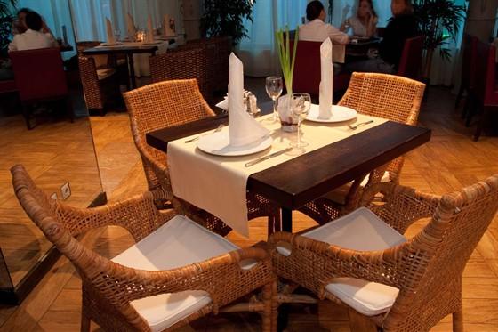 Ресторан Гаврош - фотография 9