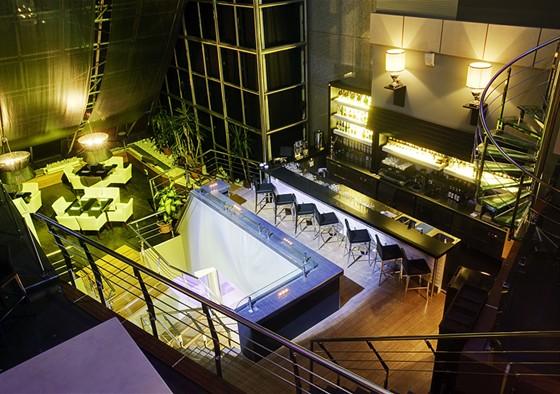Ресторан International City Club - фотография 4 - Организация и проведение корпоративных и частных мероприятий. Банкеты, фуршеты, презентации, юбилеи, свадьбы, дни рождения.