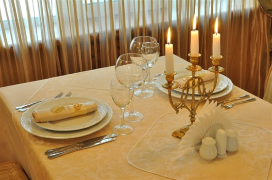 Ресторан Императрица - фотография 3 - Каминная
