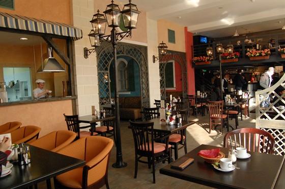 Ресторан Портофино - фотография 8 - Первый этаж ресторана