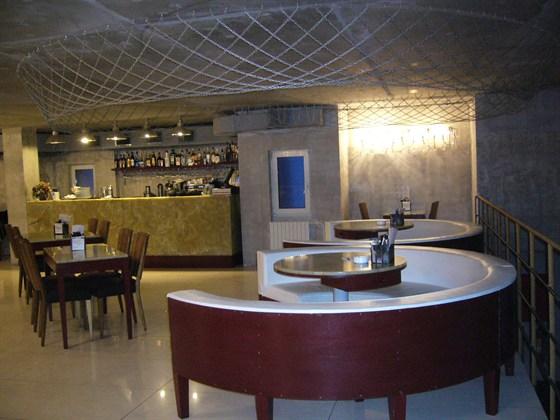 Ресторан Две хинкальки от дяди Гамлета - фотография 9