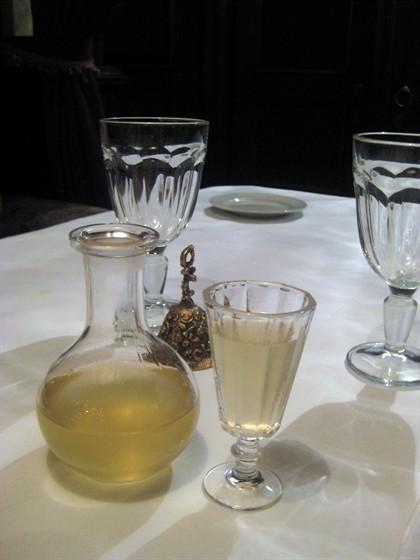 Ресторан Гоголь - фотография 10 - Вот она какая - ядреная хреновуха