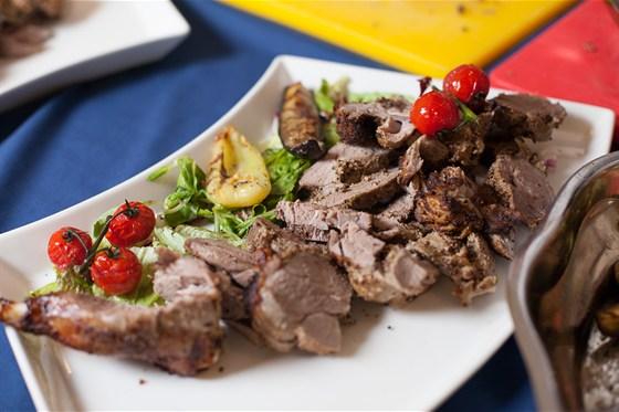 Ресторан Променад  - фотография 9 - приготовление блюд на банкет