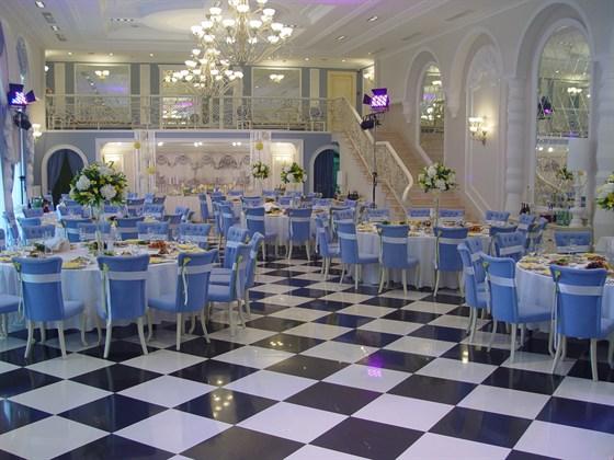 Ресторан О'Шалей - фотография 2 - Белый Зал ресторана О'Шалей