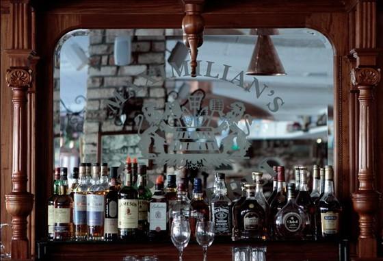 Ресторан Maximilian's - фотография 3