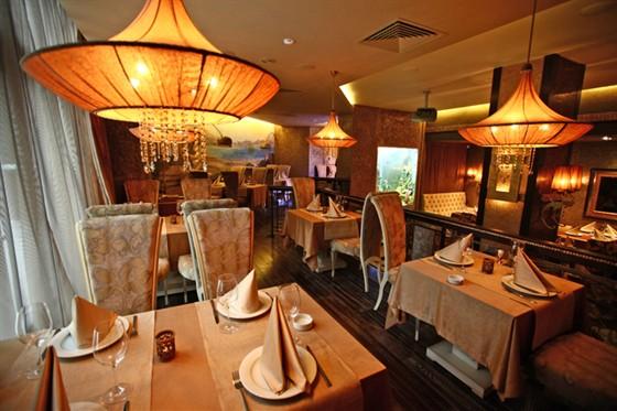 Ресторан Mare Nostrum - фотография 5 - Основной зал