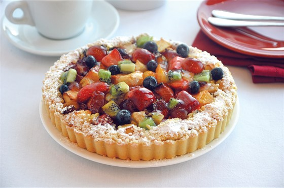 Ресторан Мюнгер - фотография 2 - Кростата с фруктами