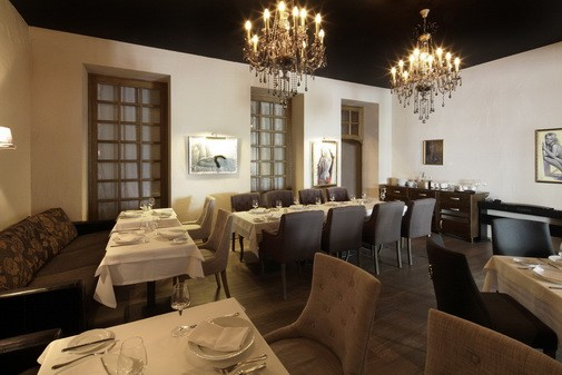 Ресторан In Vino - фотография 16 - Второй этаж (вид 1)