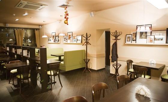 Ресторан Капучинофф - фотография 11 - Интерьер нового зала