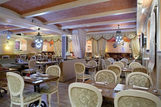 Ресторан Паша-кебаб - фотография 2 - Зал