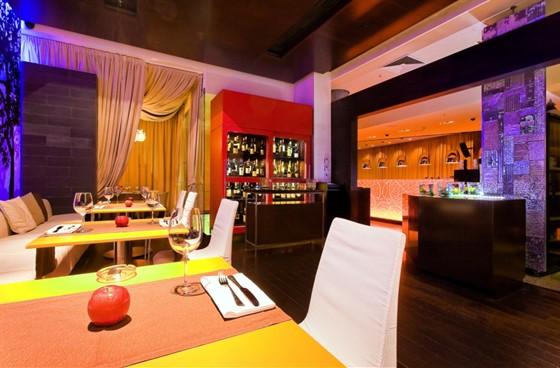 Ресторан Apple Bar - фотография 16