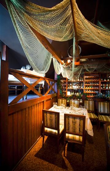 Ресторан Старая таможня - фотография 7 - Винный клуб