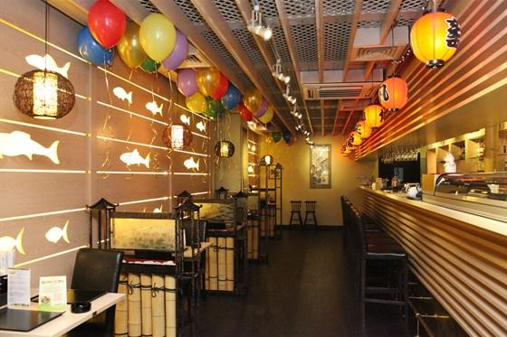Ресторан Мидори - фотография 2 - Зал японской кухни