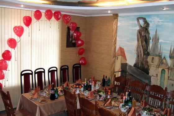 """Ресторан Лилия - фотография 3 - Зал """"Пражский"""""""