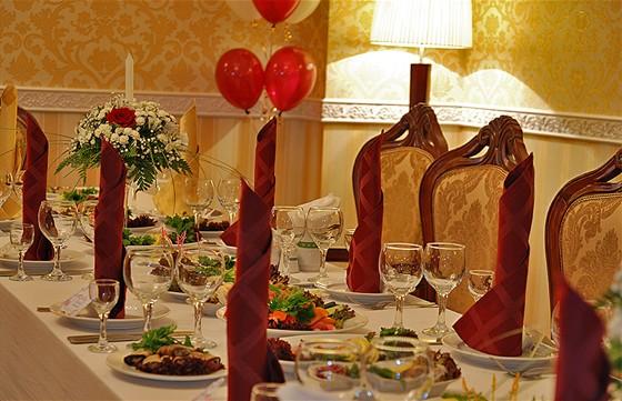 """Ресторан Купец Смирнов - фотография 4 - """"Купеческий зал"""" до 60 гостей"""
