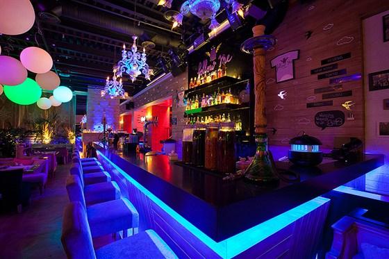 Ресторан Follow Me Café - фотография 10