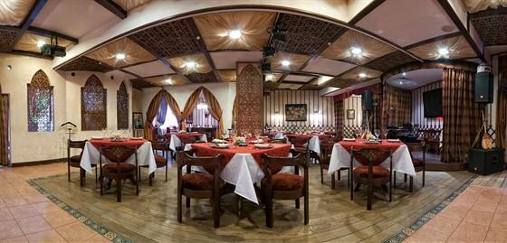 Ресторан Костанай - фотография 7 - Панорама, общего зала!