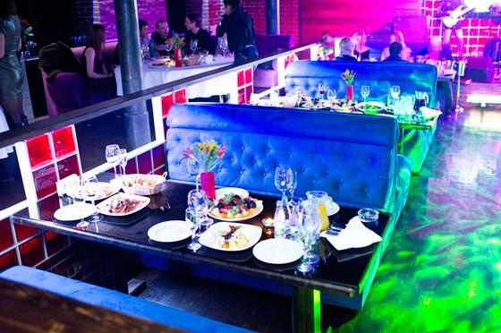 """Ресторан Сивка-Бурка - фотография 6 - Сивка-Бурка Зал """"Сивка"""" Кафе - Караоке Банкет, еда и алкоголь"""