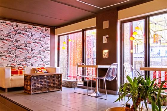 Ресторан Bloggi Bar - фотография 14
