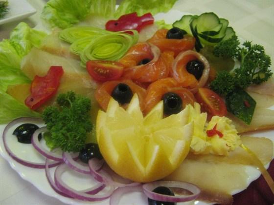 Ресторан Охта - фотография 3 - Ассорти рыбное