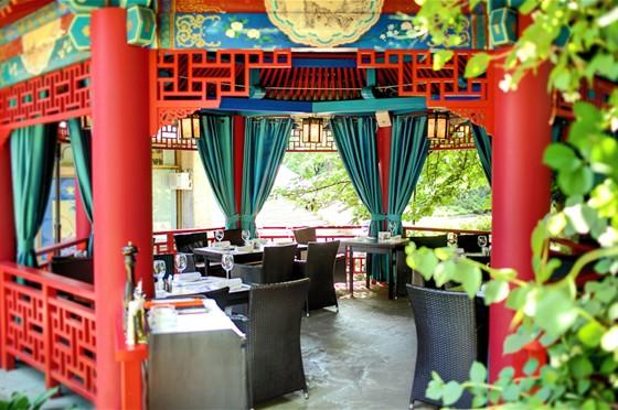 Ресторан Andiamo - фотография 10 - Летняя веранда/ Китайская беседка