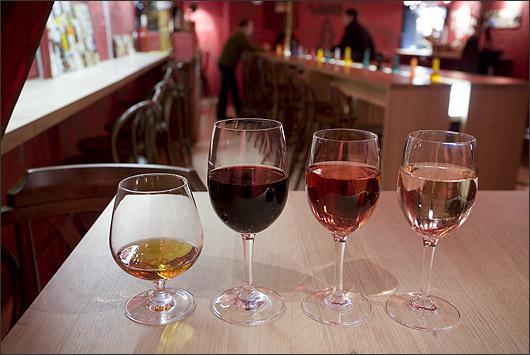 Ресторан Виносыр - фотография 2