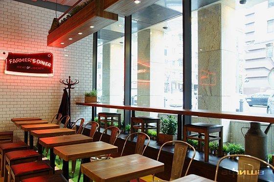 Ресторан Farmer's Diner - фотография 14