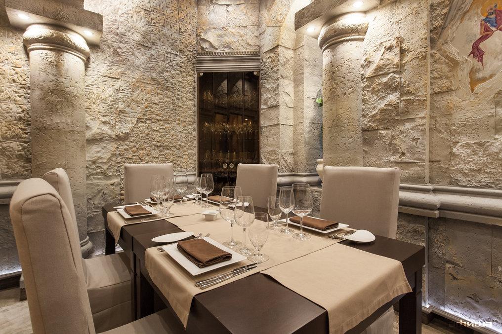 Ресторан Noyan Tun - фотография 12