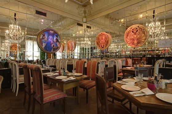 Ресторан Революция - фотография 2
