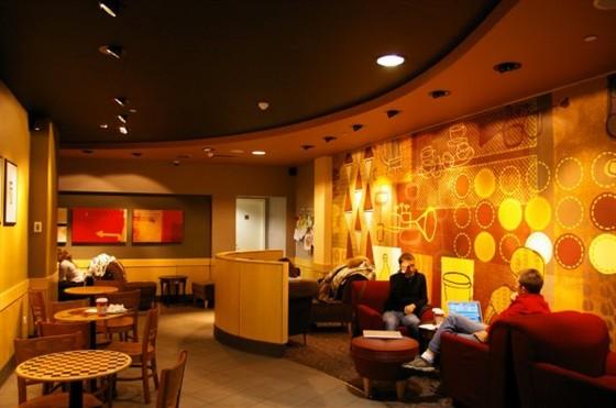 Ресторан Starbucks - фотография 7