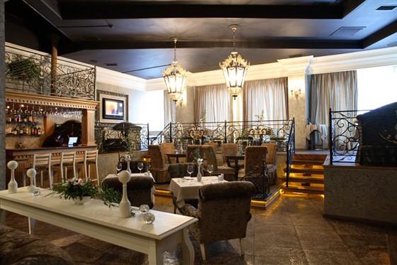 Ресторан La Luna di Capri - фотография 3 - Ресторанная зона
