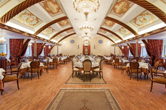 Ресторан Fаrsi - фотография 1