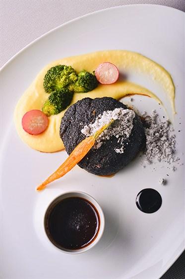 Ресторан Le boat - фотография 1 - Черный стейк
