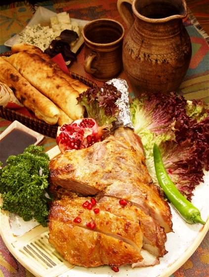 Ресторан Ацатун - фотография 5 - Ресторан Клуб Ацатун