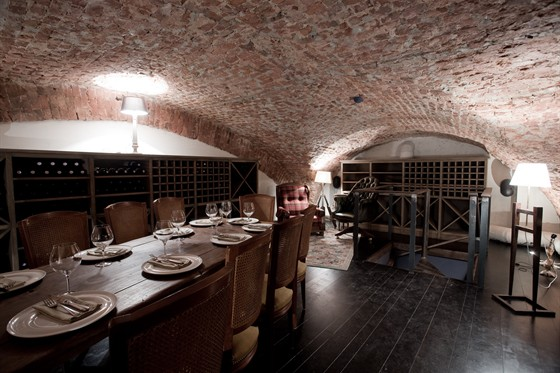 Ресторан Barbaresco - фотография 20 - Винная комната