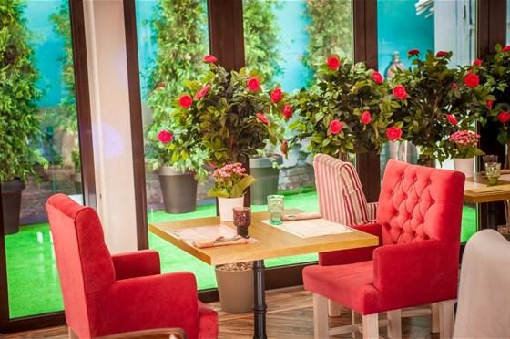 Ресторан Pilove Café - фотография 19 - Летняя веранда
