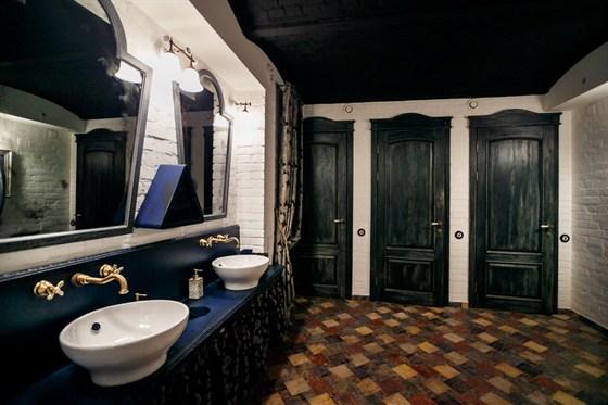 Ресторан Whisky Rooms - фотография 5 - туалет