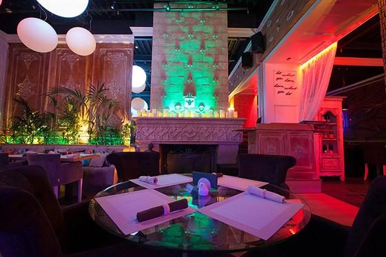 Ресторан Follow Me Café - фотография 12