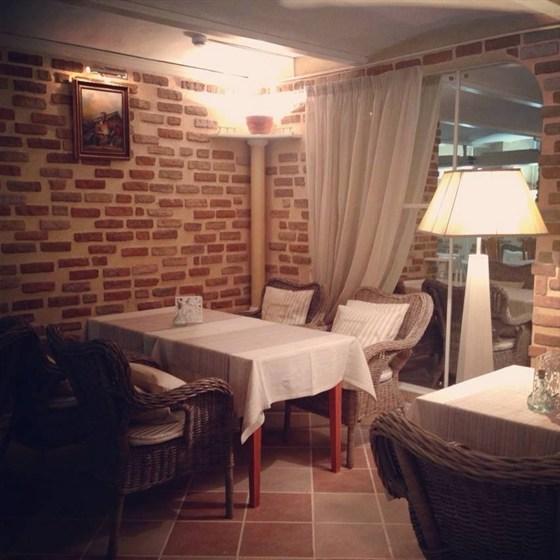 Ресторан Merci - фотография 9 - Зал Средиземноморье