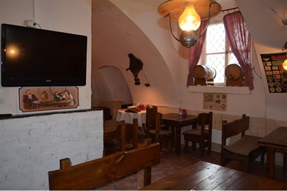 Ресторан Табурет - фотография 14 - Пивной Зал