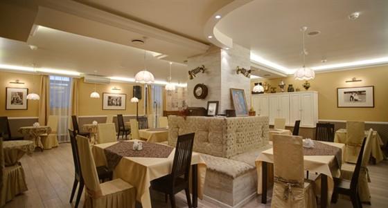 Ресторан Шагал - фотография 16 - Основной зал ресторана