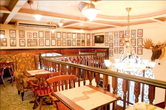 Ресторан Pins Pub - фотография 3