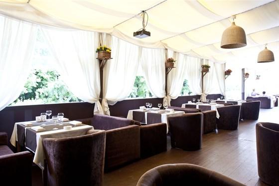 Ресторан Де Марко - фотография 11 - Летняя веранда.